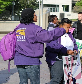 /media/images/2012/SEIUprotest.jpg