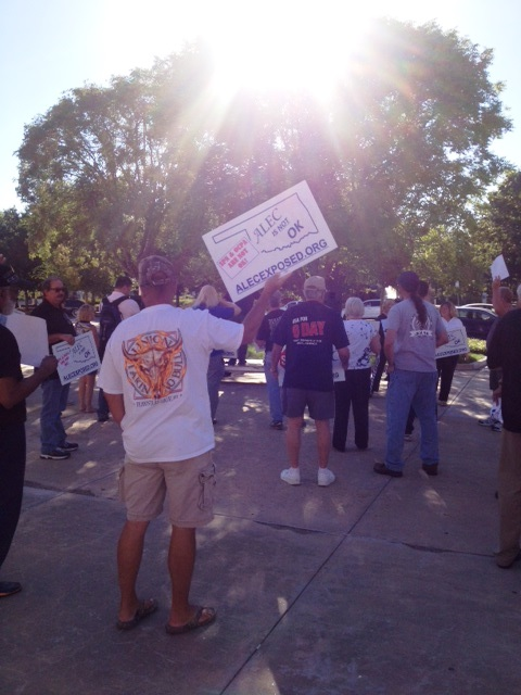 "Images from ""Union Rally Fizzles"""